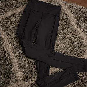 Lululemon size 4 pants